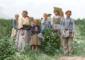 640px-polish_berry_pickers_color